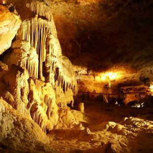 Grotte des Moidons