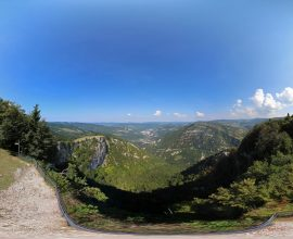 Vue 360° du belvédère de la Roche Blanche sur les hauteurs de Saint-Claude
