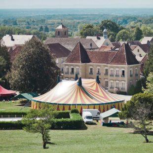 Chapiteau du festival Chahut au Château