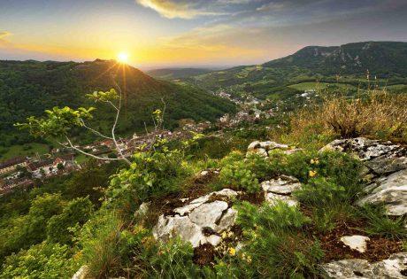 Salins-les-Bains ville départ de la Montée du Poupet