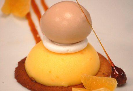 Tarte clémentine, noisette et glace marron © Restaurant l'Or Blanc