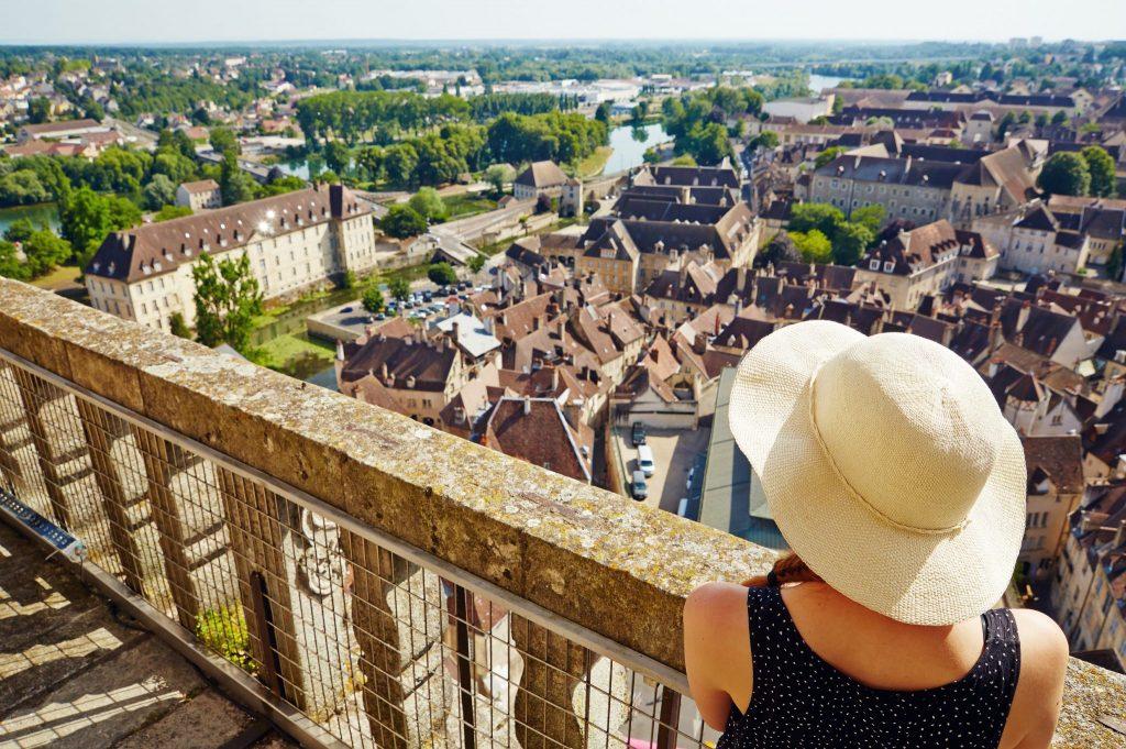 Vue depuis la Collégiale de Dole © Maxime Coquard/Jura Tourisme