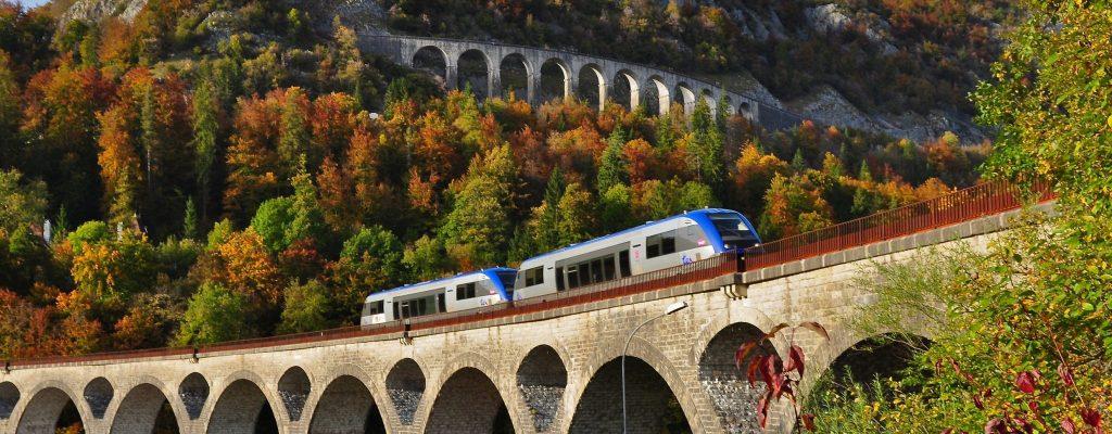 La ligne des Hirondelles entre Saint-Claude et Dole