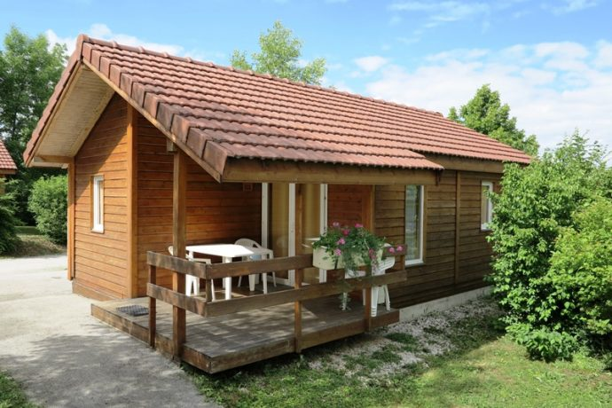 4-camping-jura-saint-laurent-en-grandvaux-location-chalet-264122